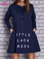 Granatowa sukienka z napisem LITTLE BLACK DRESS                                  zdj.                                  1