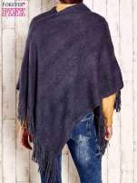 Granatowe dzianinowe poncho z frędzlami                                  zdj.                                  5