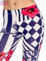Granatowe legginsy z nadrukiem mix patterns                                  zdj.                                  5