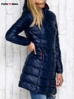 Granatowy pikowany płaszcz z kapturem FUNK N SOUL                                  zdj.                                  3