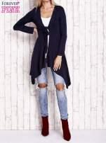 Granatowy wiązany asymetryczny sweter                                  zdj.                                  2