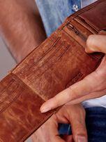 Jasnobrązowy portfel męski ze skóry zapinany na zatrzask                                  zdj.                                  5