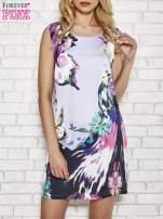 Jasnofioletowa sukienka z malowanym nadrukiem