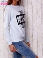 Jasnoniebieska bluza z napisem I HAVE NOTHING TO WEAR                                  zdj.                                  3