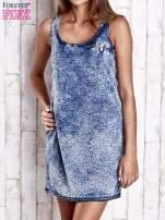 Jasnoniebieska jeansowa sukienka z motywem panterki                                  zdj.                                  1