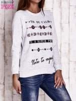 Jasnoszara bluza z napisem TO BE CALM IS A SUPER POWER                                  zdj.                                  3