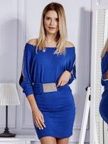 Kobaltowa sukienka z biżuteryjnymi wstawkami i wycięciami                                   zdj.                                  1