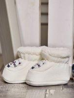 Komplet ocieplanych bucików dziecięcych ecru-jasnoniebieski                                  zdj.                                  4