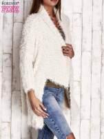 Granatowy asymetryczny sweter z szerokim kołnierzem                                                                          zdj.                                                                         3
