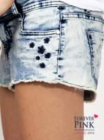 Marmurkowe szorty jeansowe z efektem acid wash                                  zdj.                                  3