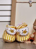 Miękkie buciki dziecięce w paski z ozdobnym kotkiem żółte                                  zdj.                                  1