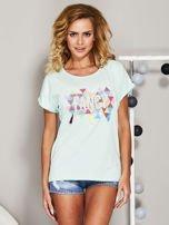 Miętowy t-shirt z koralikową aplikacją                                  zdj.                                  1