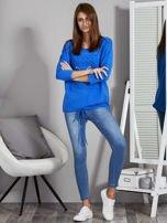 Niebieska bluza z motywem motyli                                  zdj.                                  4