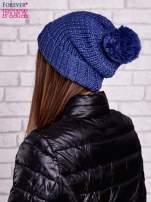 Niebieska czapka z metaliczną nicią i pomponem                                  zdj.                                  3