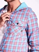 Niebieska koszula męska w kratę z kapturem