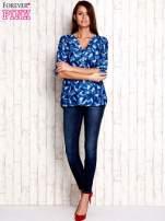 Niebieska koszula w piórka                                  zdj.                                  4