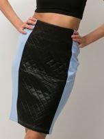 Niebieska spódnica z pikowaną wstawką                                  zdj.                                  3