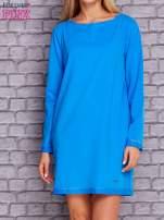 Niebieska sukienka oversize z kieszeniami                                  zdj.                                  1