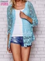 Niebieski szydełkowy otwarty sweterek