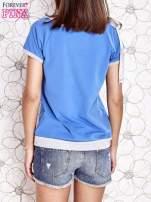 Niebieski t-shirt z kokardą                                  zdj.                                  4