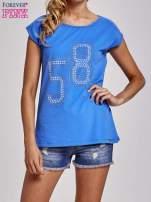 Niebieski t-shirt z numerem 58 z dżetów                                  zdj.                                  1
