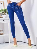 Niebieskie jeansowe rurki ozdobione perełkami                                  zdj.                                  1