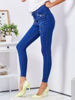Niebieskie jeansowe rurki ozdobione perełkami                                  zdj.                                  3