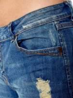 Niebieskie jeansowe szorty z podwijanymi nogawkami                                  zdj.                                  6