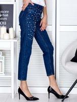 Niebieskie proste spodnie z perełkami                                  zdj.                                  5
