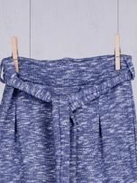 Niebieskie spodnie dresowe dla dziewczynki z wiązaniem                                  zdj.                                  7