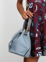 Niebiesko-szara torebka z łańcuszkiem                                  zdj.                                  2