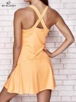 Fuksjowa sukienka sportowa z kieszonką