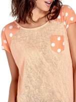 Pomarańczowy t-shirt z kieszonką w groszki                                  zdj.                                  5