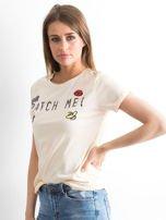 Brzoskwiniowy t-shirt Bustling                                  zdj.                                  3