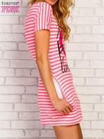 Różowa sukienka w paski z napisem NEW YORK PARIS LONDON                                  zdj.                                  3