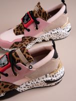 Różowe buty sportowe na podwyższeniu z kolorową podeszwą i motywem w panterkę                                  zdj.                                  6