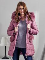 Różowy płaszcz z futrzanymi kieszeniami                                  zdj.                                  6