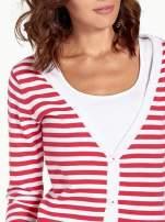Rozpinany sweter w biało-czerwone paski z kieszonkami po bokach                                                                          zdj.                                                                         5