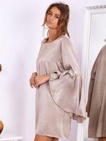 SCANDEZZA Beżowa sukienka z hiszpańskimi rękawami                                  zdj.                                  6