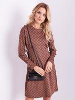 Brązowa sukienka ze wzorem                                  zdj.                                  4