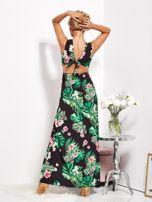SCANDEZZA Czarna sukienka w kwiaty z rozcięciem i wiązaniem                                  zdj.                                  6