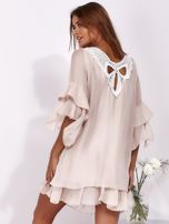 Jasnoróżowa zwiewna sukienka z hiszpańskimi rękawami                                  zdj.                                  2