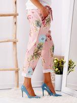 Różowe spodnie w kwiaty                                  zdj.                                  3