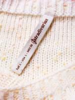 STRADIVARIUS Ecru sweter typu cropped z warkoczowym ściegiem                                  zdj.                                  3