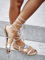 Srebrne sandały damskie gladiatorki z pomponami                                  zdj.                                  5