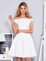 Sukienka biała z perełkami                                  zdj.                                  1