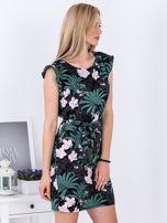 Sukienka ciemnoszara w roślinne motywy PLUS SIZE                                  zdj.                                  3