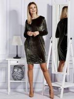 Sukienka damska welurowa z kieszeniami ciemnozielona                                  zdj.                                  4