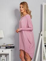 Sukienka oversize z dłuższym tyłem liliowa                                  zdj.                                  3