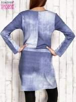 Sukienka z aplikacją i troczkami jasnoniebieska                                  zdj.                                  2